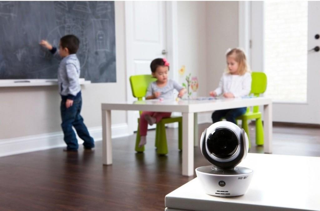 Videofon digital Motorola + Wi-Fi MBP854 Connect6 - Cel mai bun baby monitor cu functie video