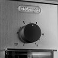 Rasnita de cafea DeLonghi KG 89 1