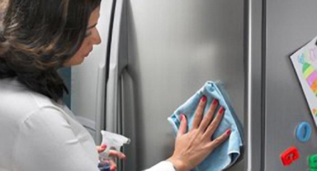 Cele mai bune produse pentru curatarea frigiderului - abcTop.ro